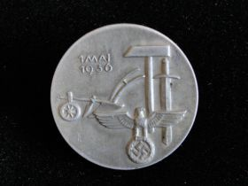 1 Mai 1936 German Tinnie Badge Very Fine