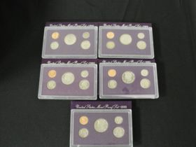 United States Air Force Dist. Service Medal Set in DIsplay Case
